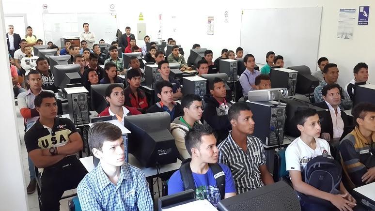 alumnos ingenieria telematica