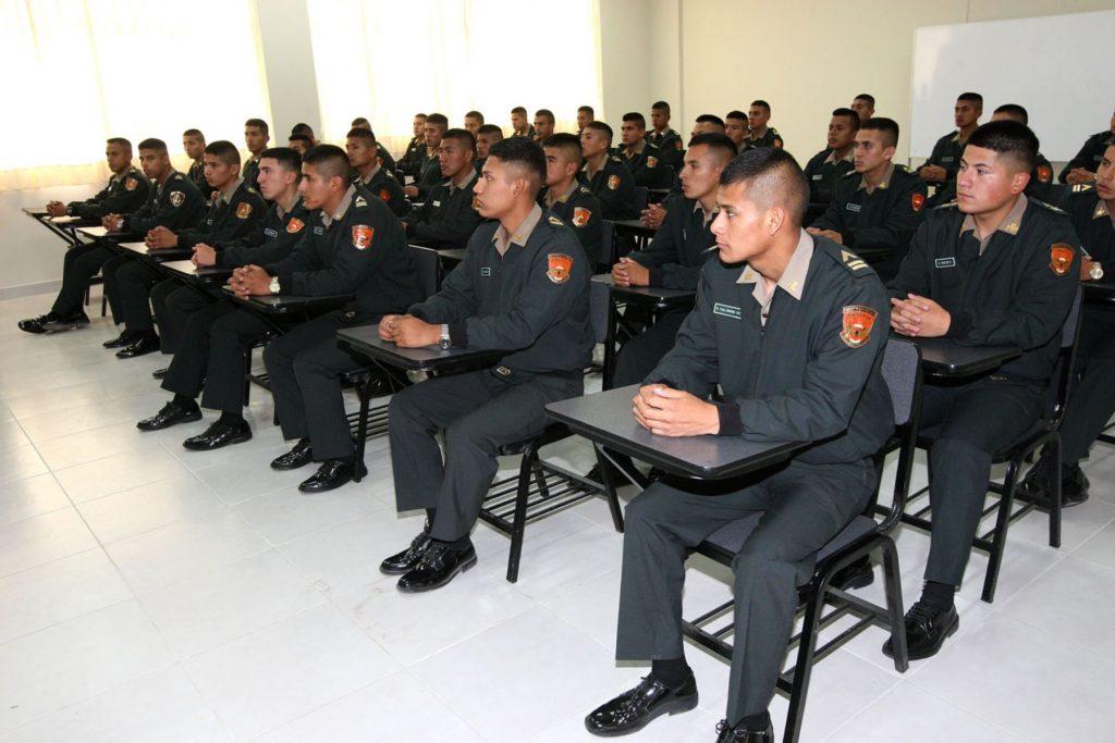 carrera de policia 08