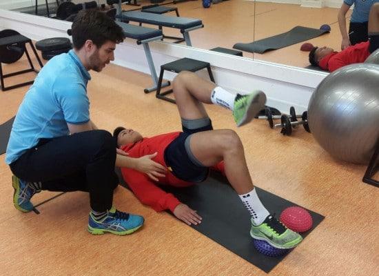 cuáles on los ejercicios más recomendados por un fisioterapeuta deportivo